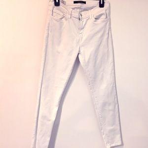 J. Brand Misses 30 Skinny Leg White jeans